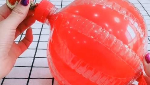 还没过年儿媳妇就做好了红灯笼,又省下一笔开销啊!