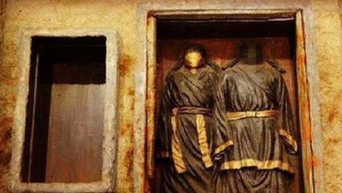 哈尔滨出土夫妻墓,神秘女子被帛巾覆面,专家掀起:考古奇迹