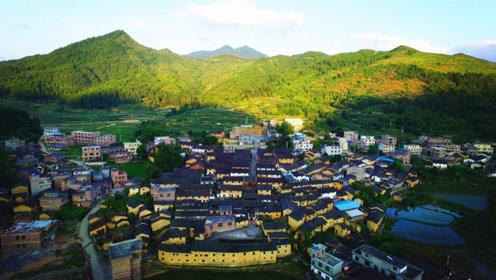"""我国最""""特殊""""的村子,全村只有一个姓,人口相当于一座县"""