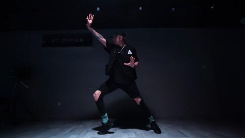 太令人震撼了!超炫酷的编舞《Lacuna》,如此温柔的声线再配上深情的舞蹈真是完美