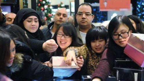 """日本游客到中国""""疯抢"""",知道他们买什么后,国人则表示有眼光"""