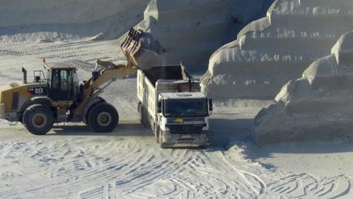 采石场实拍,运出的不只有花岗岩,还有整车的石头粉末