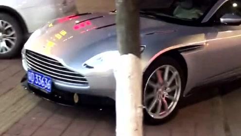 新款蒙迪欧,这车也太帅了,也不知道这是谁家的公子,羡慕!