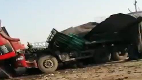吉林松原一油罐车焊接时发生爆炸  致2人死亡1人轻伤