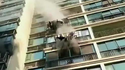做化学实验烧毁卧室!长沙高一男生家中意外引发大火