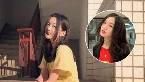 李嫣近照五官气质超像王菲,拍照姿势网红化,她出道会比姐姐更火