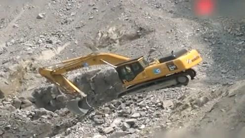 挖掘机在山上干这种事,可怜了我的哥