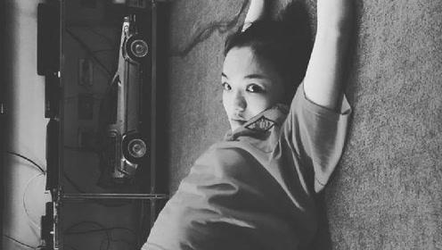 徐佳莹公布婚讯后首晒照 性感秀肚皮获网友大赞