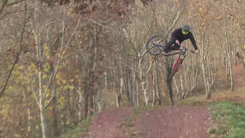落基山自行车:Matt Roe在威尔士