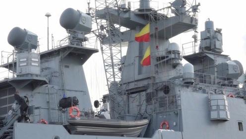 美俄大战一触即发?美国制裁伊朗新动态,俄罗斯军舰入驻叙利亚