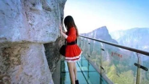 """河南玻璃桥今变""""偷窥桥"""",不良现象频频出现,管理员:无能为力"""