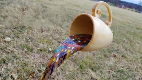 民间高手用彩铅造了一道彩虹瀑布,成品太惊艳别眨眼,真有创意!