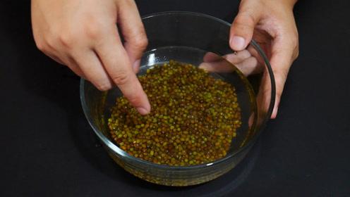 煮绿豆汤不用提前泡,学会这一招,只需几分钟,绿豆软烂粒粒开花