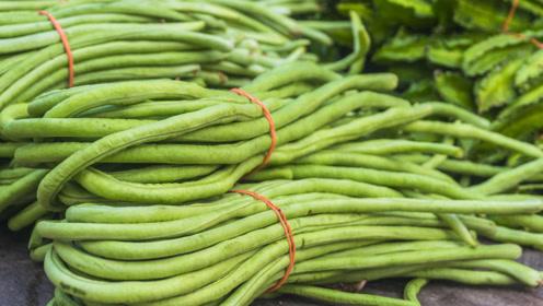 豆角万万不可直接放冰箱,跟菜贩偷学一招,放半年照样新鲜翠绿!