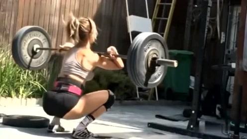 与卡路里为敌,练就完事了!先见识一下比赛级美女的健身强度