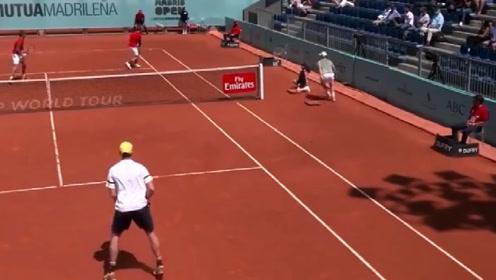 男双赛场上最容易出现经典场面!回顾那些精彩刺激的网球男双
