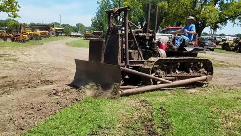 1929产的推土机,检修一下状态不减当年