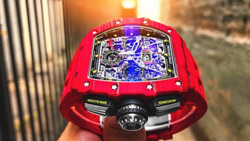 法拉利凭啥卖那么贵?看到车主的手表那一刻,我找到答案了