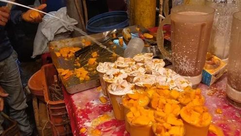 印度街头美食太狂野,一份水果沙拉造成了垃圾堆,谁能吃得下去?