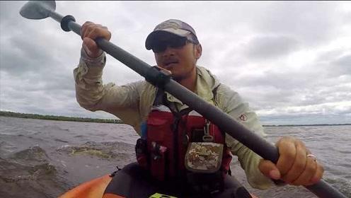 新疆大叔孤舟万里从中国漂到北极,穿越无人区险失联送命