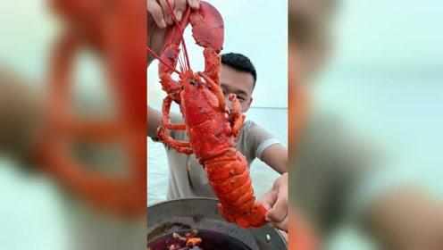 虾尾肉也就只够吃两口的