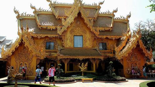 """泰国的""""黄金公厕"""",壕出你的想象力,游客排出长龙"""