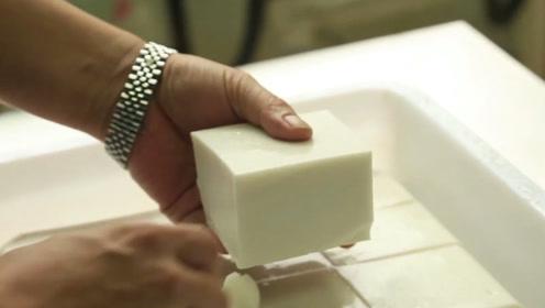 1斤花生做13斤豆腐,不添加石膏卤水,这到底是什么神奇豆腐?