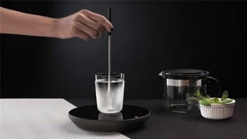 用这根小棍,煮开一杯水只要60秒,究竟什么原理