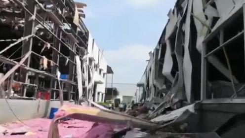 广西玉林化工厂爆炸已致4死6伤 多角度记录爆炸现场