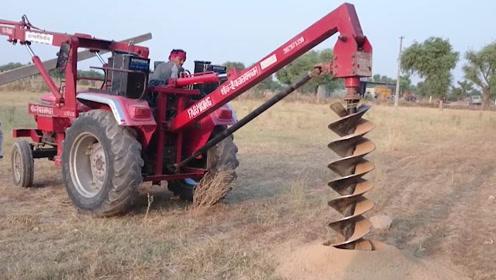 印度大爷把拖拉机改装成钻地机,两分钟打穿一口井,这是开挂了吗