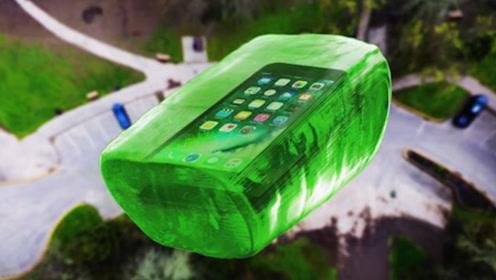 用硬糖做成手机壳能保护手机吗?老外作死从100米高空扔下,结局令人意外