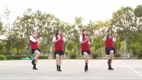 看学妹们带来的一曲经典《黑糖秀》,满满青春活力扑面而来!