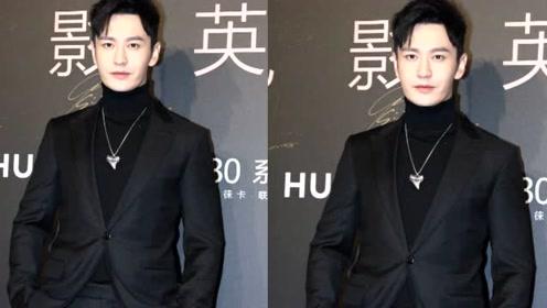 黄晓明亲破婚变传言后首次亮相,心情很是不错,杜江袁弘众型男斗帅
