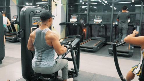 背部训练六个动作训练全过程,这种训练强度你能吼得住吗?