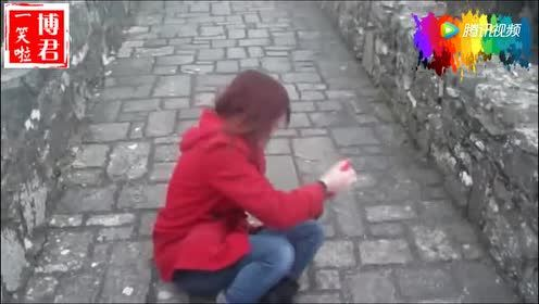 """妹子拍了一段到古城堡观光的视频!闺蜜却意外走""""红""""!"""