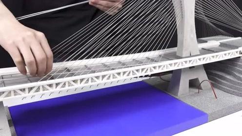 男子在家修建一座悬索桥,这操作太牛了,称得上是一项大工程