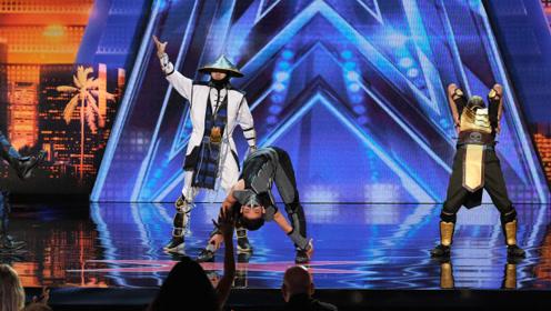 """选手舞台上表演""""机械舞"""",音乐一响,下一秒嗨翻全场!"""