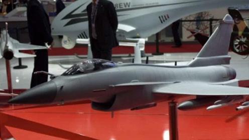 歼10CE单价降至4000万美元,配备相阵控雷达,性比价高却无人问津