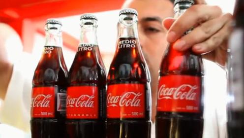 可口可乐70年不涨价,不是为了薄利多销,全因一份合同拌了脚!
