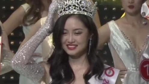 2019环球小姐中国区总决赛举行 众佳丽穿比基尼秀好身材