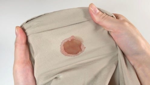 不管床单血渍多顽固,不用一滴水,新老血渍轻松洗掉,太实用了