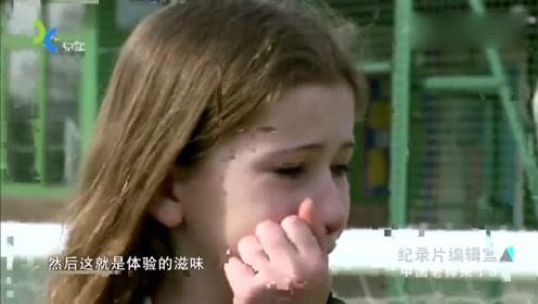 中国式教育把英国小学霸气哭了,直言受不了,太可怜了!