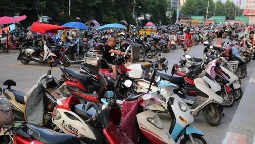 为什么在美国几乎没有电动车,而在中国却非常流行呢?