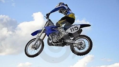 全球首款飞行摩托车Speeder,驾驶者需持飞行驾照!
