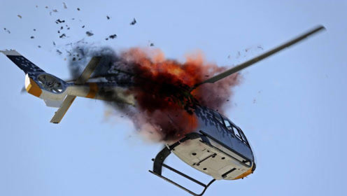 印方传来噩耗!一架苏-30战机深夜爆炸,王牌飞行员坠入泥潭!
