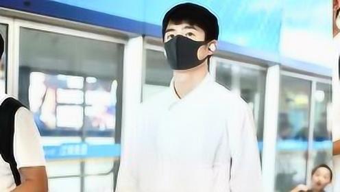 刘昊然穿白衬衫 清新俊朗帅气来袭,有没有被帅到