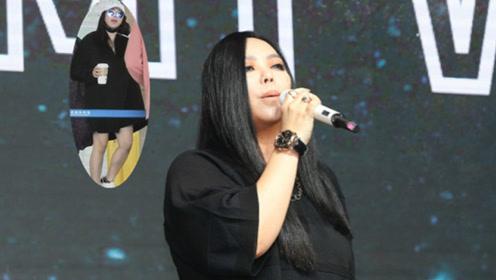 47岁张惠妹穿黑裙似瘦身成功 摘口罩与歌迷打招呼潮范儿足