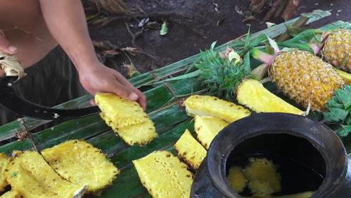 原始的菠萝酿酒技术,越南大哥亲自演示,赶快来学习一下吧