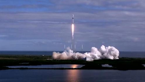 """SpaceX用""""四手火箭""""把第二批60颗""""星链""""卫星发射升空"""