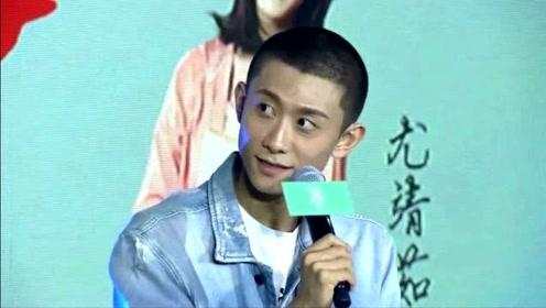 """北京风太大!张一山绿洲贴心提醒""""大家多穿点"""""""